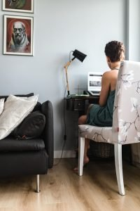 kaboompics Businesswoman entrepreneur working on laptop from home office space